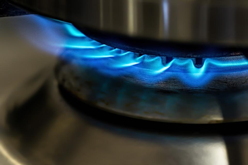 installazione fornelli gas piano cottura